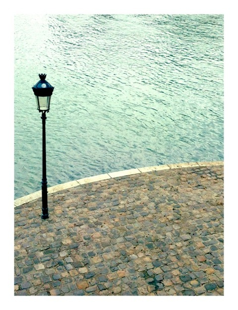 Lamp on Seine