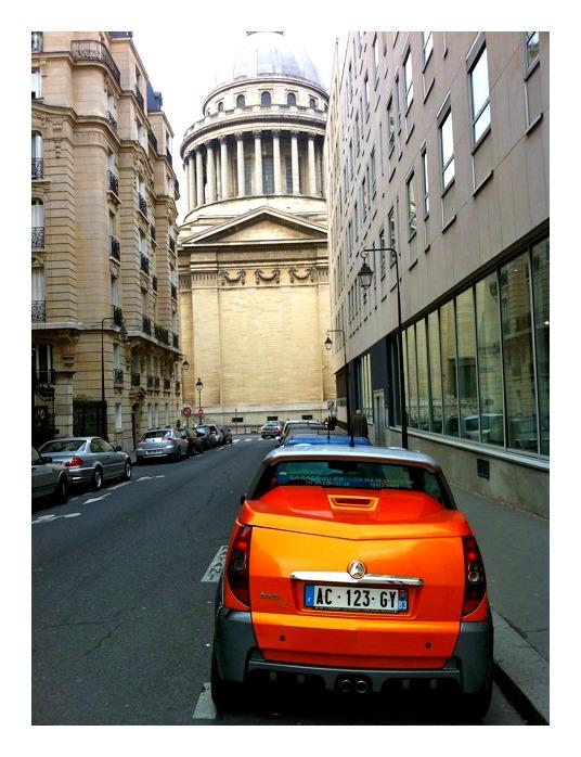 orange car