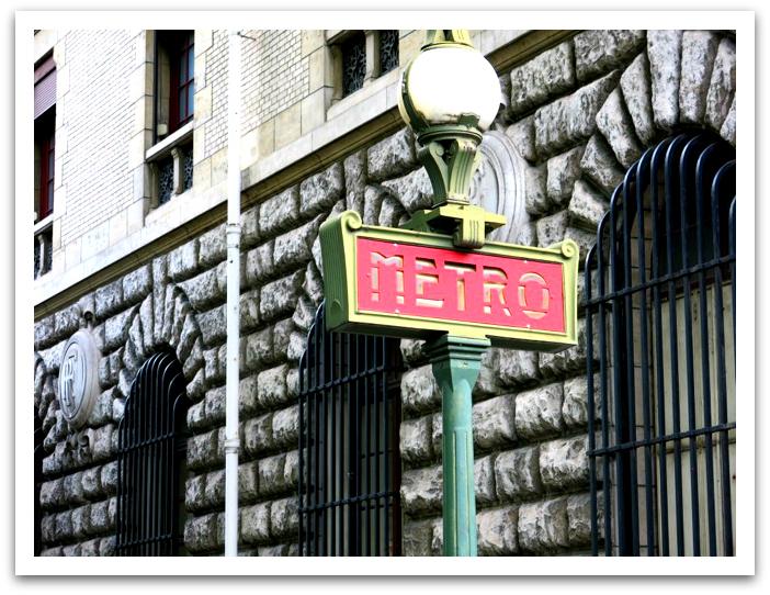 metro red